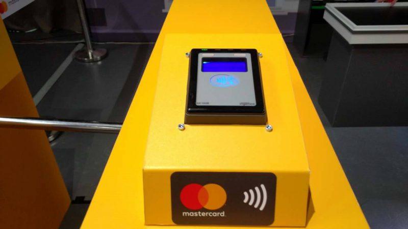 За покупки в магазині можна платити смартфоном з NFC – ФОТО 09f1eec46865e