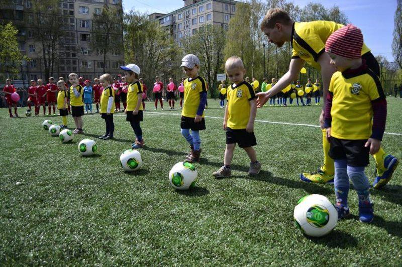 дитячий футбол