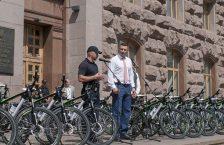 поліція на велосипедах