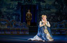 Людмила Монастирська у партії Єлизавети в опері Дон Карлос